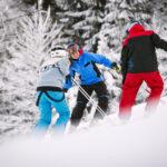 Катайтесь на лыжах на горнолыжном курорте Валлосен недалеко от Бостад / Сконе. Хорошее катание для семьи и друзей. Летом катание на велосипеде по велопарку.