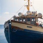 ボートでスコーネのトレコフからベランデトラフィケンと一緒にハルランズフェデロに行きます。 BåstadとBjäre半島からの素晴らしい日帰り旅行。